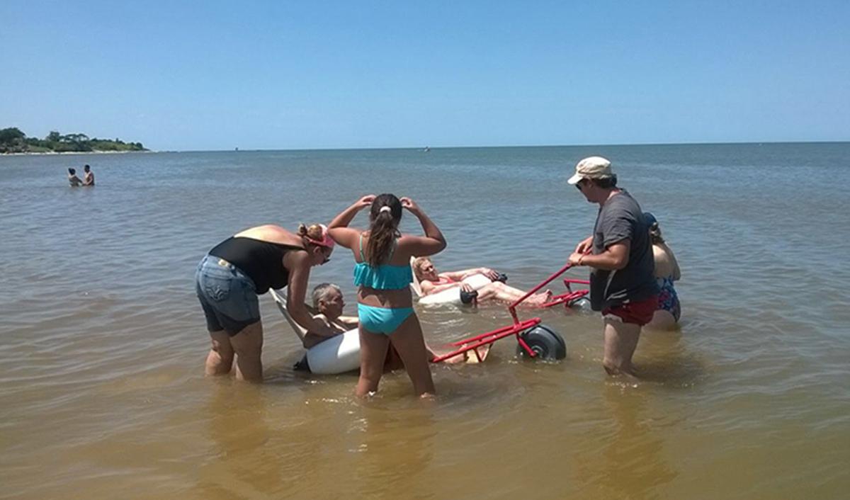 Playas accesibles en Uruguay, premiadas por Construir Igualdad